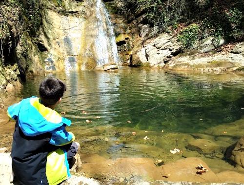 I descobrir llocs bonics i especials. Gorg dels Banyuts a Gombrèn. /© Gg
