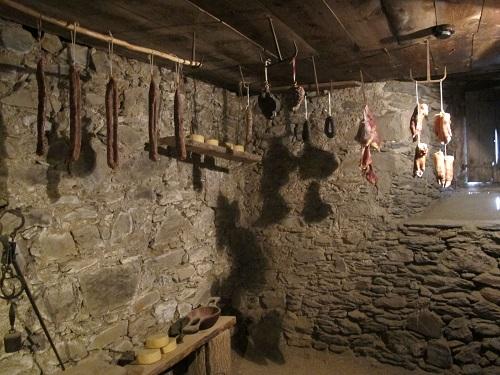 El rebost de la carn, ben proveït tot l'any/© Gg