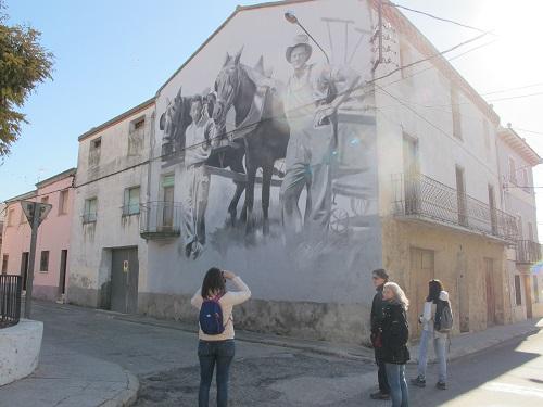 L'entorn i la tradició agrícola de la comarca han inspirat alguns artistes /© Gg